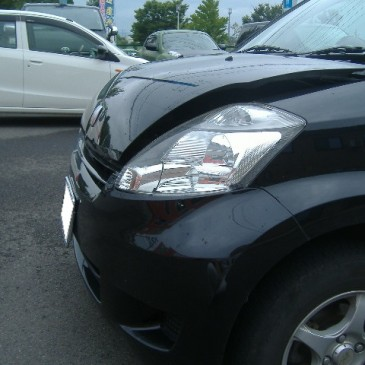 黒石市からパッソの追突事故車の修理のお客様